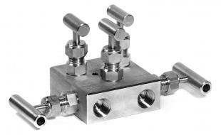 MB-2.5. 2-Way 5-Valve Manifold Up to 420 bar (6000 PSI)